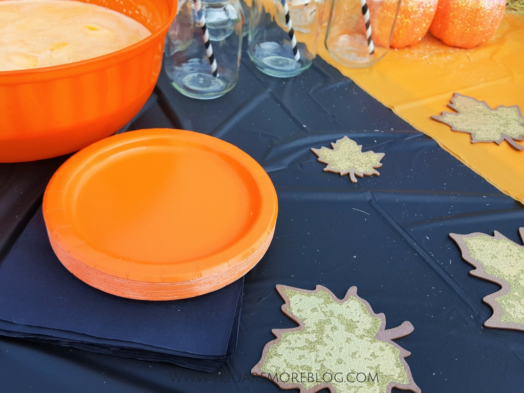 Backyard-Fall-Party-Toddlers-2