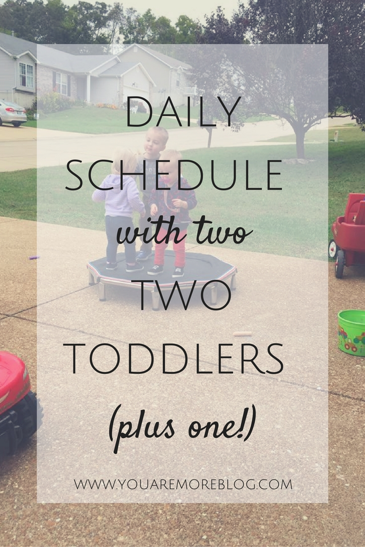 A look at a manageable daily schedule with toddlers.